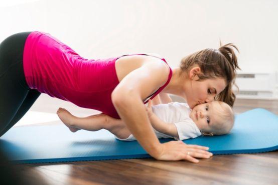 Cvičení po porodu: začít je dobré co nejdříve!