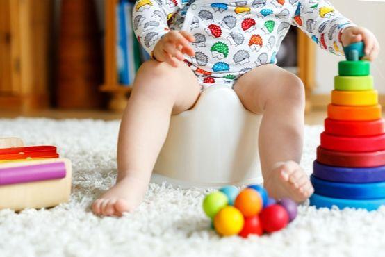 10 rad: Jak naučit dítě na nočník