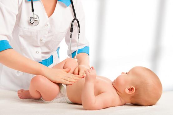 Bolest břicha u dětí může i nemusí mít jasnou příčinu