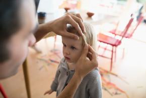 Co dělat, když dítě dostane vši?
