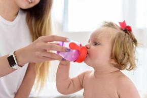 Pitný režim u dětí: co dělat, když dítě nechce pít