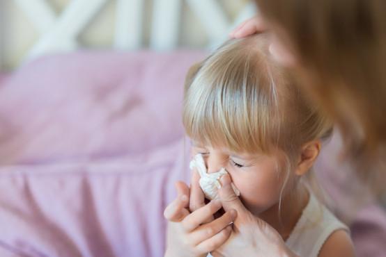 Kdy a jak naučit dítě smrkat