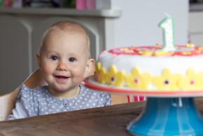 10 rad jak uspořádat první narozeninovou oslavu